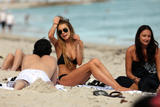Actress Lindsay Lohan spends her New Year's Eve afternoon on the beach in Miami - Hot Celebs Home