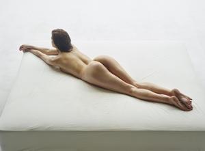 Kloe-Body-Shots--w57qsdaov7.jpg